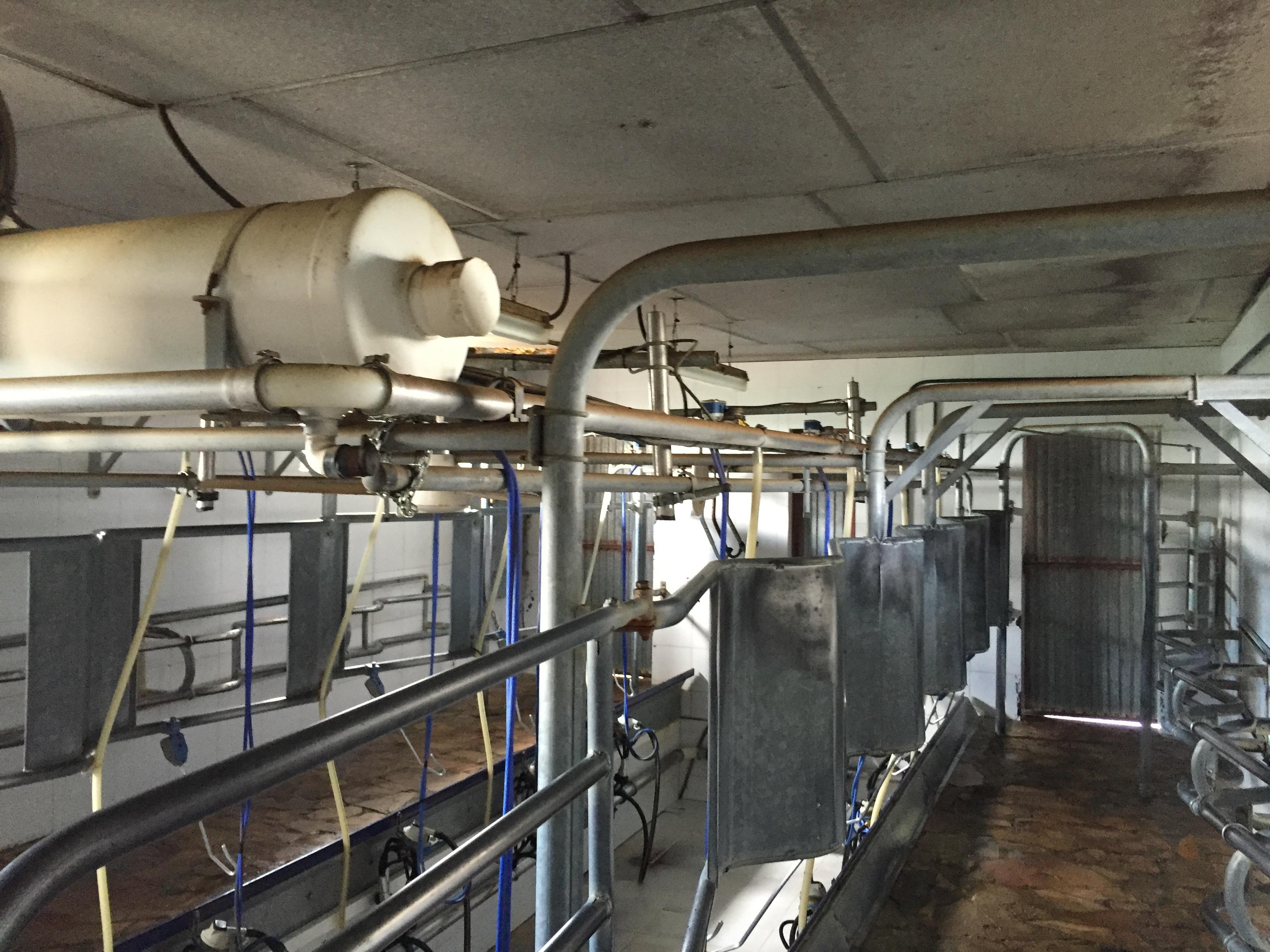 Ampliación de la instalación de baja tensión de explotación ganadera